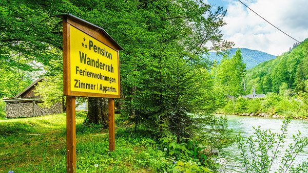 Pension Wanderruh am Almfluss